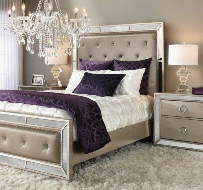 Lieblich Deko Ideen Schlafzimmer Lila Kissen Beige Nachttisch Kronleuchter Lampe