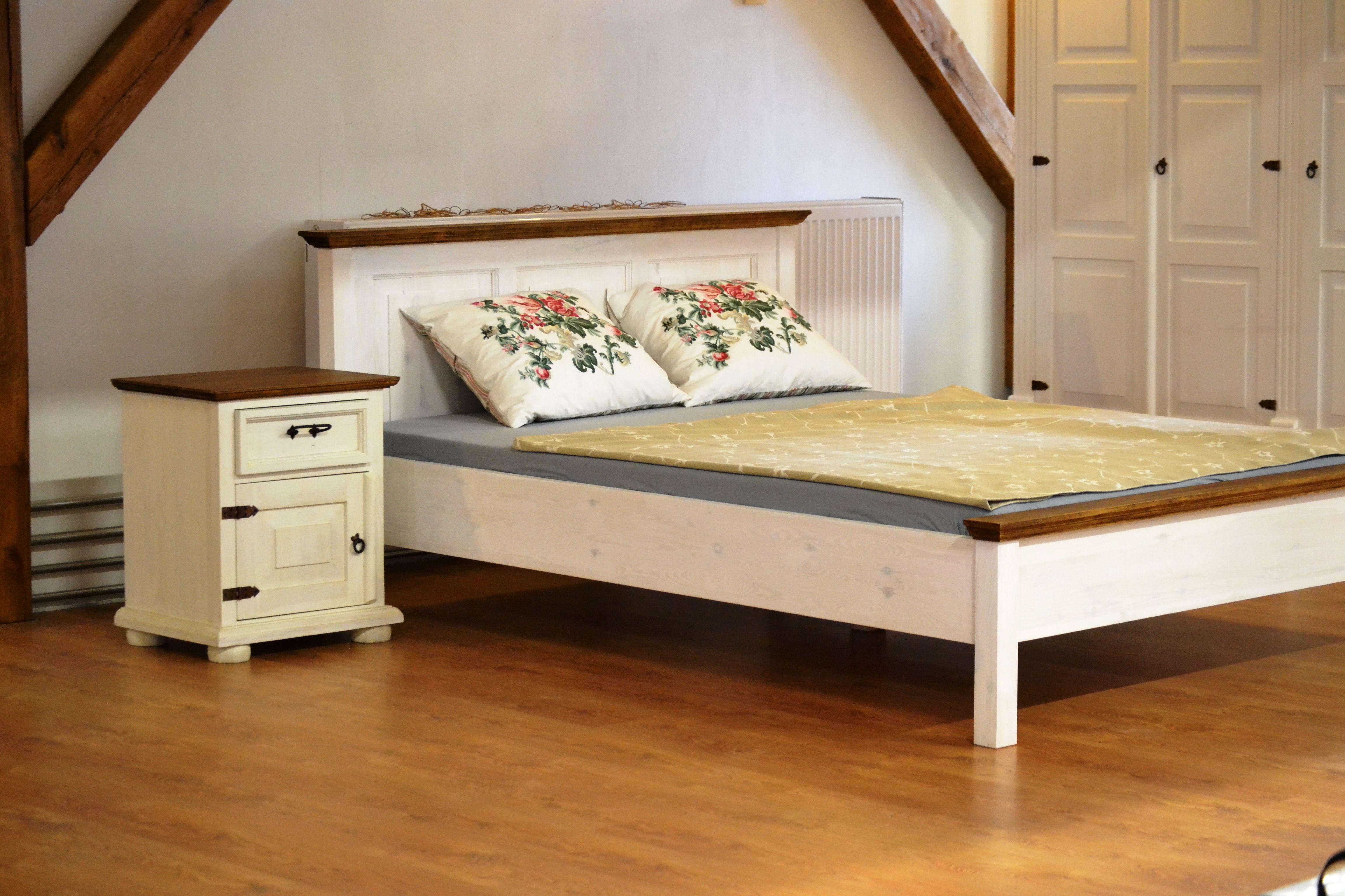 Manželská posteľ Mirek