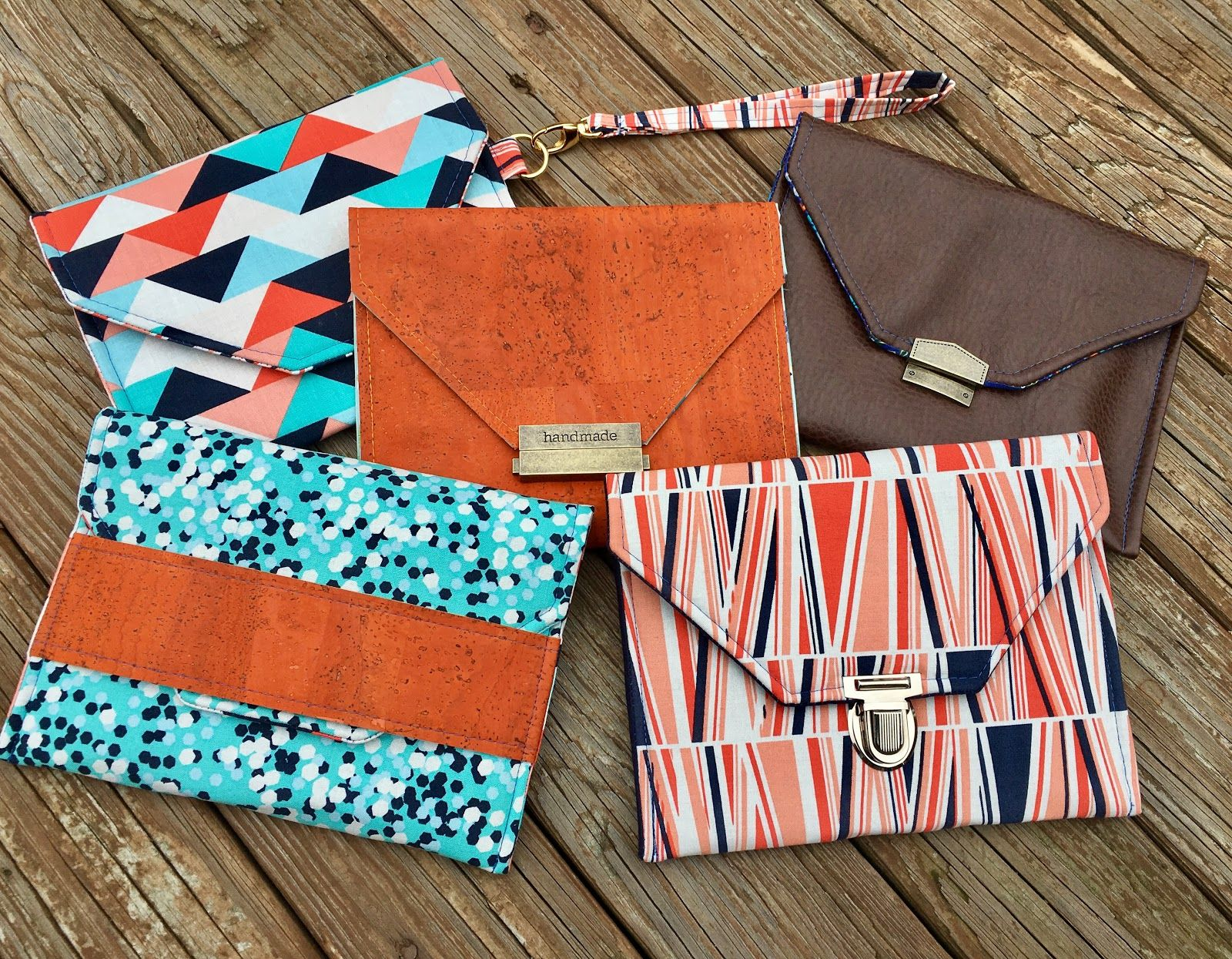 The Pepper Party Clutch - A free tutorial with FIVE ways to finish ...