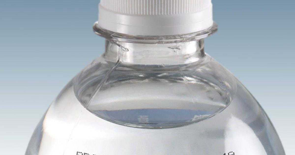 Vinkki: Näin tiedät voiko vesipullosi muovi olla vaarallista terveydelle