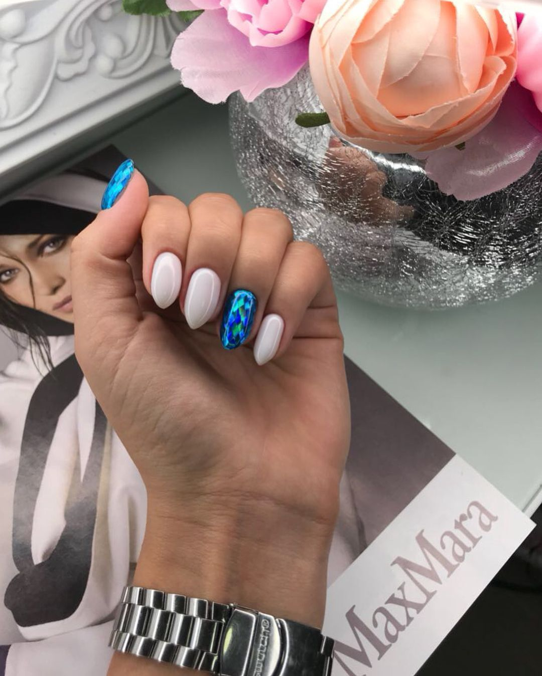 Full Nail Technician Course In London Sign Up For Classes At The L Ecole De Beaute School In 2020 Blue Nails Gel Nails Toe Nail Color