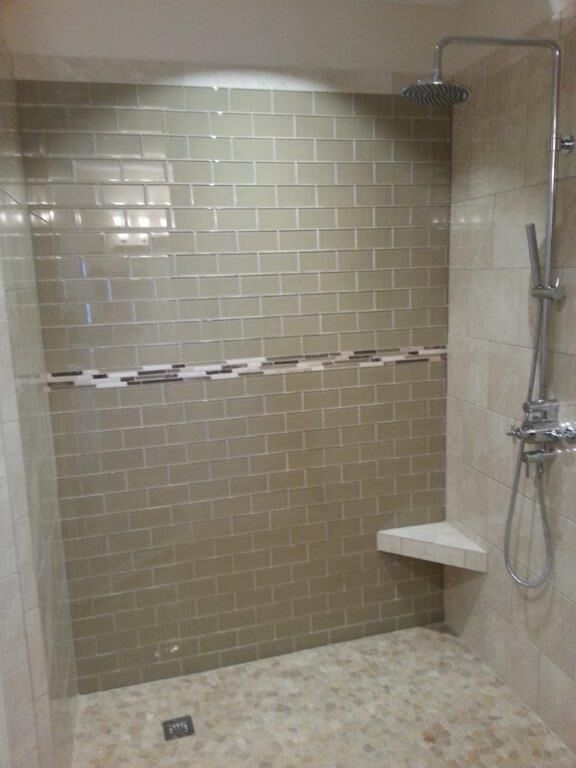 Bathroom with glass tile accent wall bathrooms custom showers pinterest tiles tile for Custom showers for small bathrooms