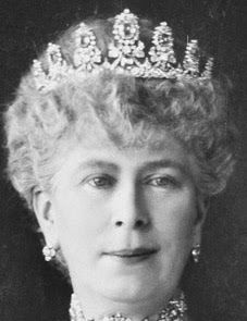 Duchess of Cambridge's Sapphire Parure Tiara, later owned by Queen Mary of the United Kingdom and Princess Marina, Duchess of Kent