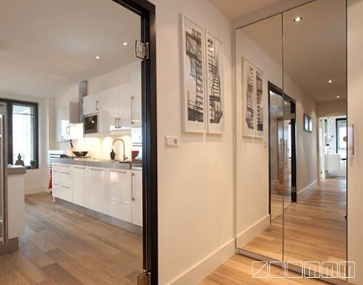 Verkoopstyling De Hal : Zoommm modelwoning verkoopstyling kastenwand spiegelkast entree