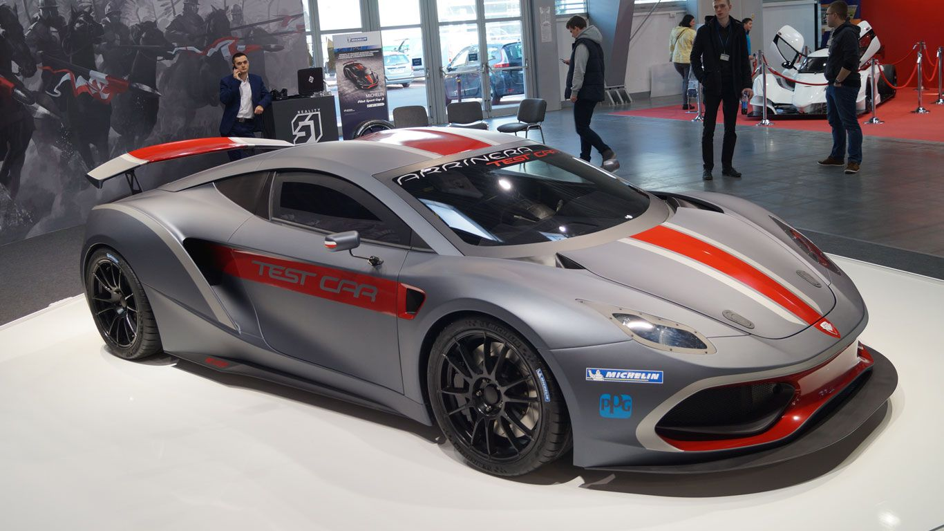 Arrinera Hussarya The Difficult To Pronounce Not To Mention Spell Arrinera Hussarya Is Poland S First Attempt At Making A Su Super Carros Supercarros Carros