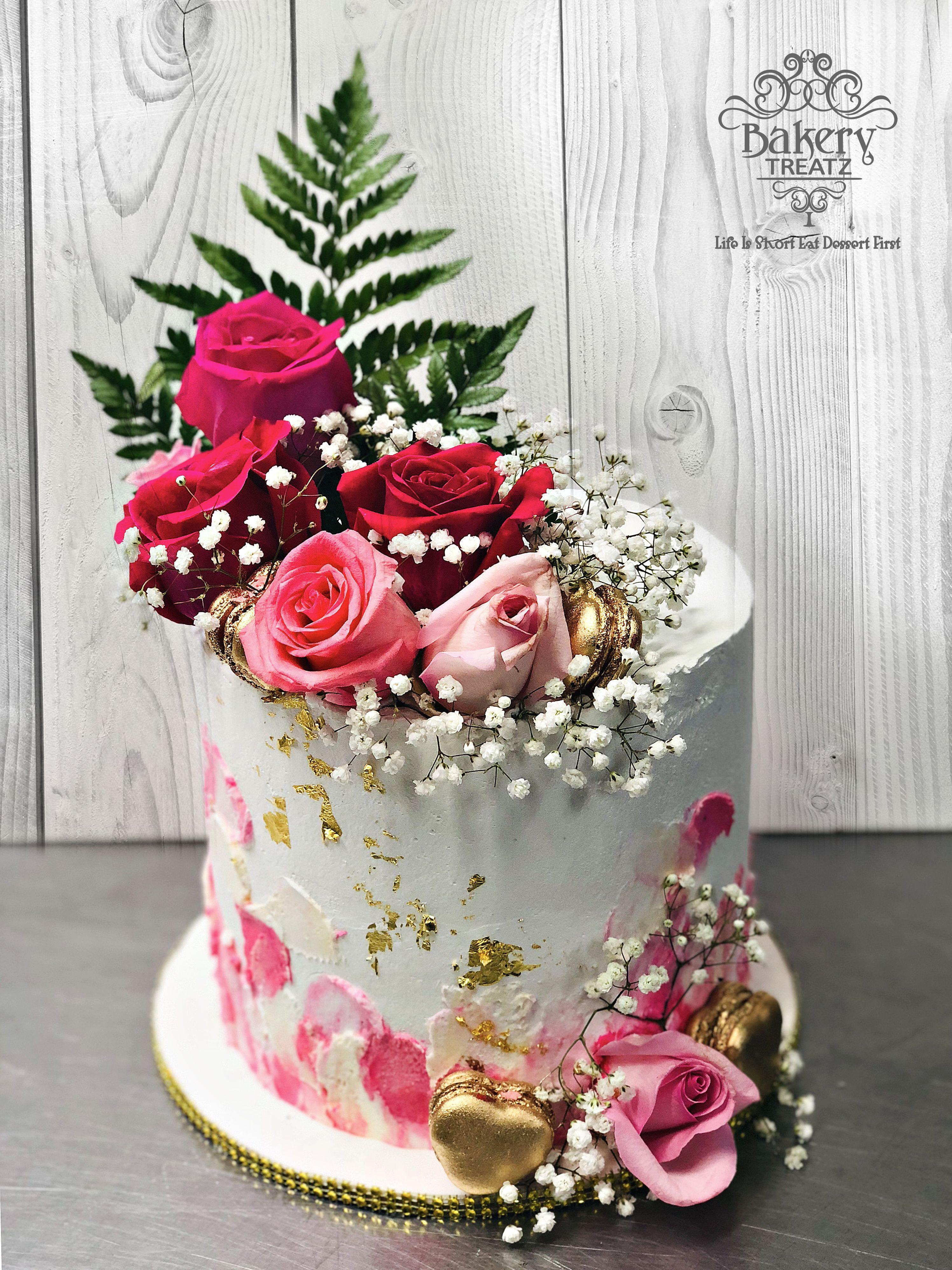 Fresh Roses Golden Macaron Fresh Flower Cake Wedding Cake Pops Flower Cake