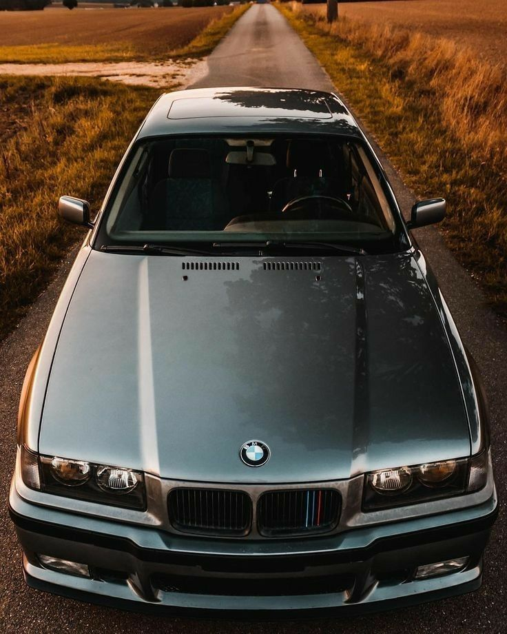 Pin By Talha On Luxury Car Wallpapers Bmw Wallpapers Bmw E36 Bmw 323i