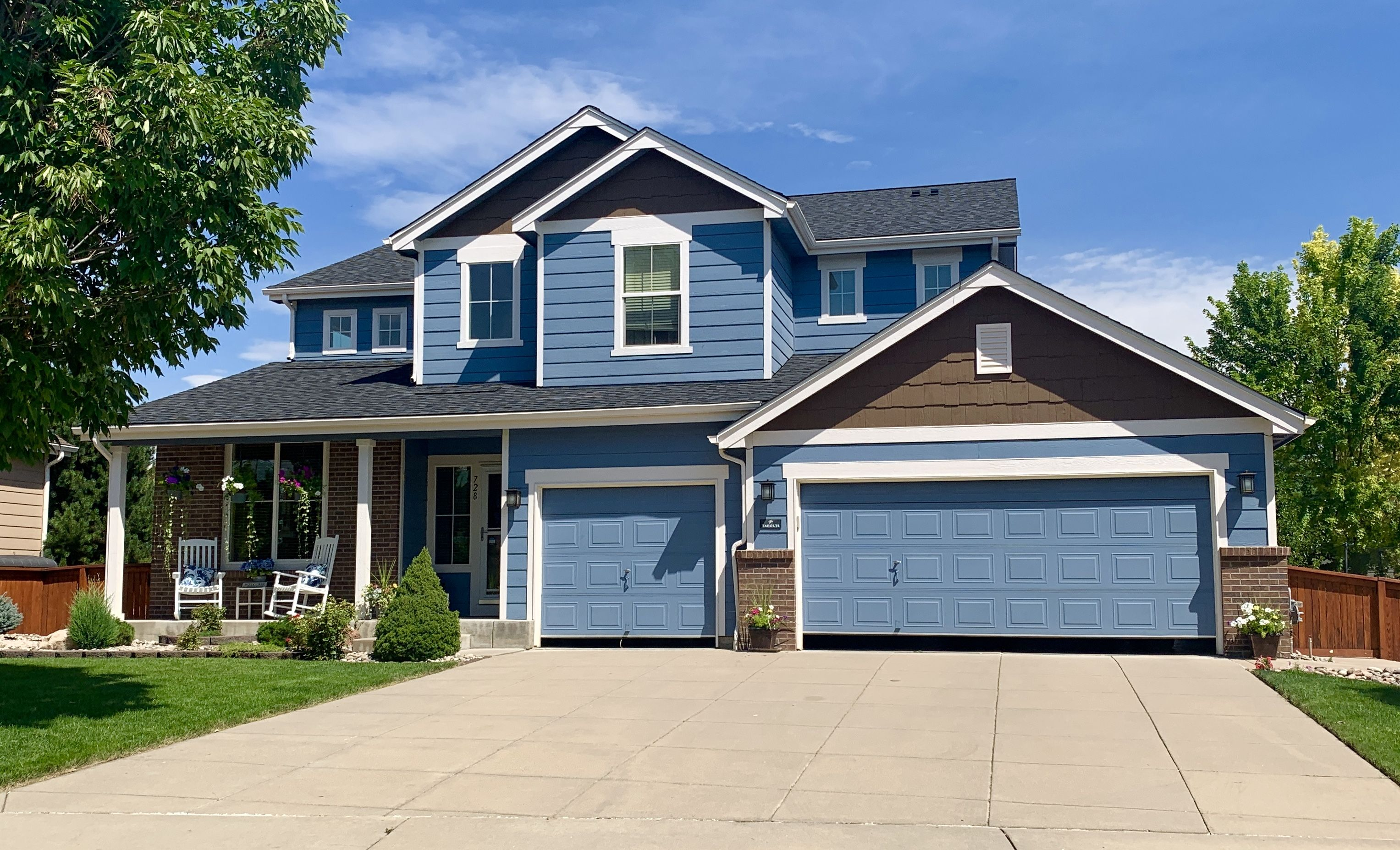 Best This Home In Longmont Has A Gorgeous New Roof Installed On 640 x 480