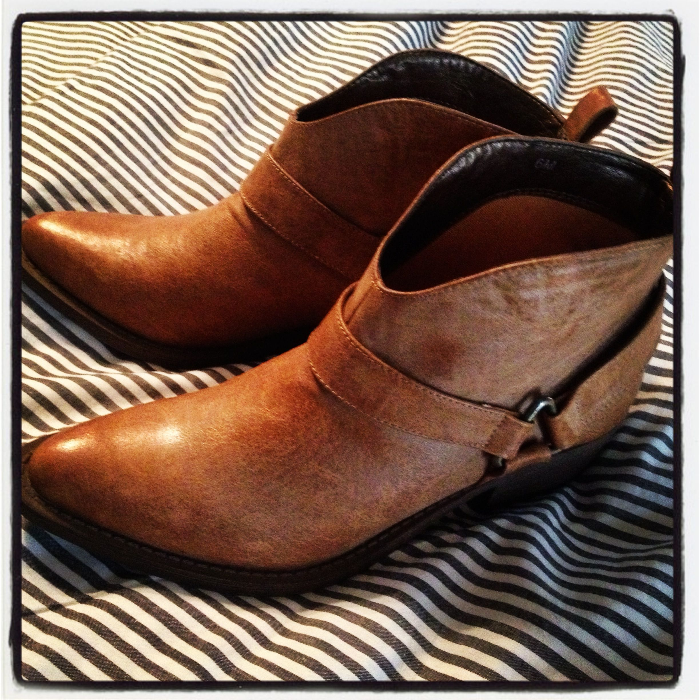 Rack room shoe sale #ankleboots #buyoftheweek under $40