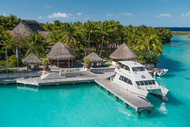 Exteriorarrival dock bora bora resorts vacation