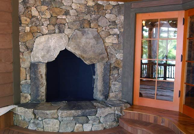 Mosaic Style New England Fieldstone Fireplace Hearth With Large Weathered Stones Surrounding Firebox Fireplace Option Fireplace Stone Wall