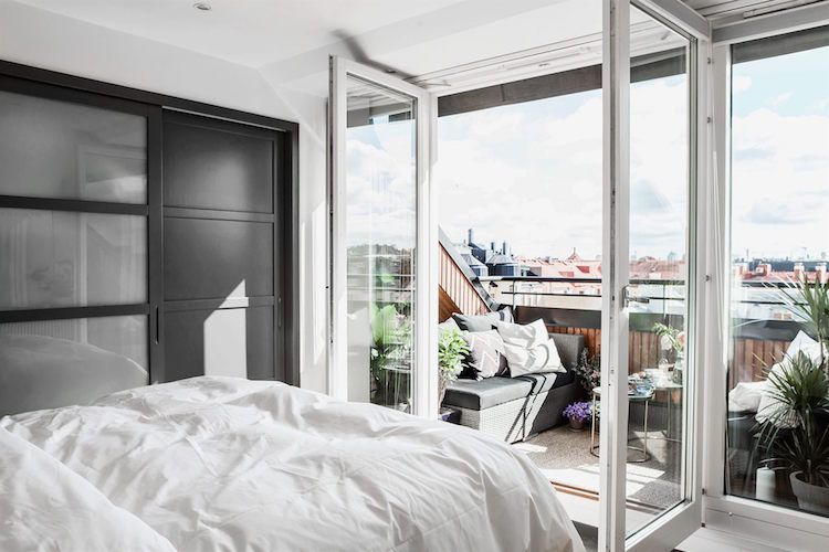 Dachbalkon am Schlafzimmer für romantische Ausblick auf die Stadt ...