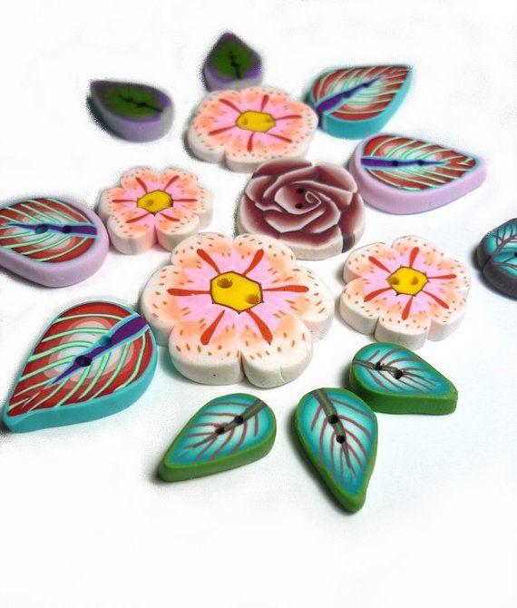 set of 15 Flowers Leaves buttons  purple pink orange by Chifonie, €10.00