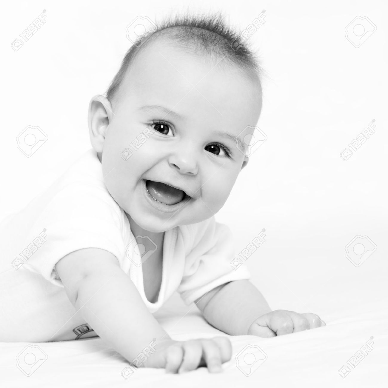 Musica Para Bebes De 4 Meses Image Result For Black And White Baby Portraits Foto