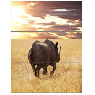 DesignArt 'Giant Rhino under Bright Sky' 3 Piece Photographic Print on Wrapped Canvas Set