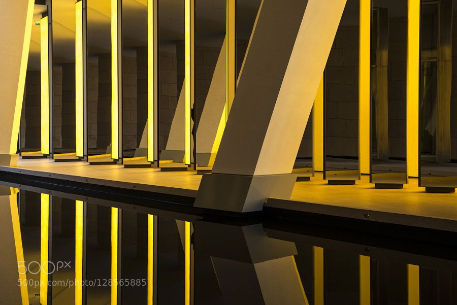 Mirroring by Art-of-Thomas #fadighanemmd