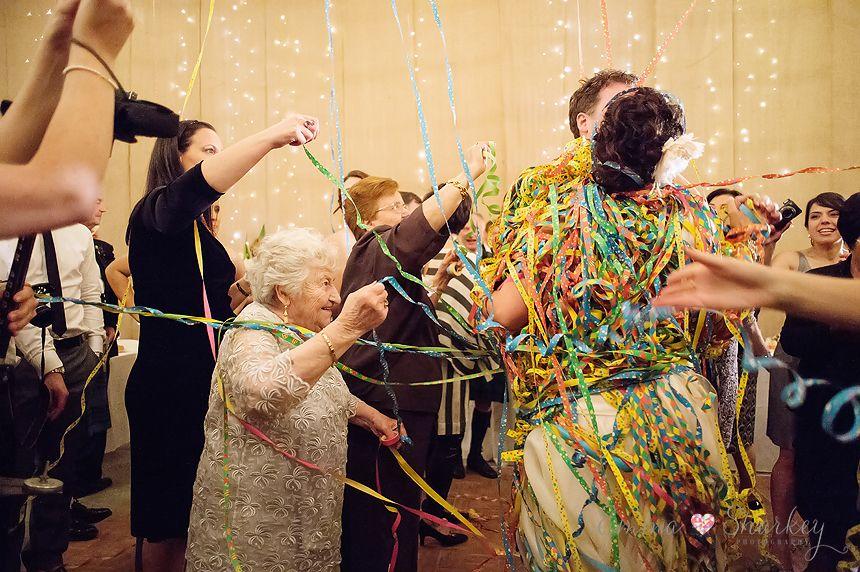 Golding Wines Boutique Vineyard Weddings By Emma Sharkey O Photography Italian Wedding Dance
