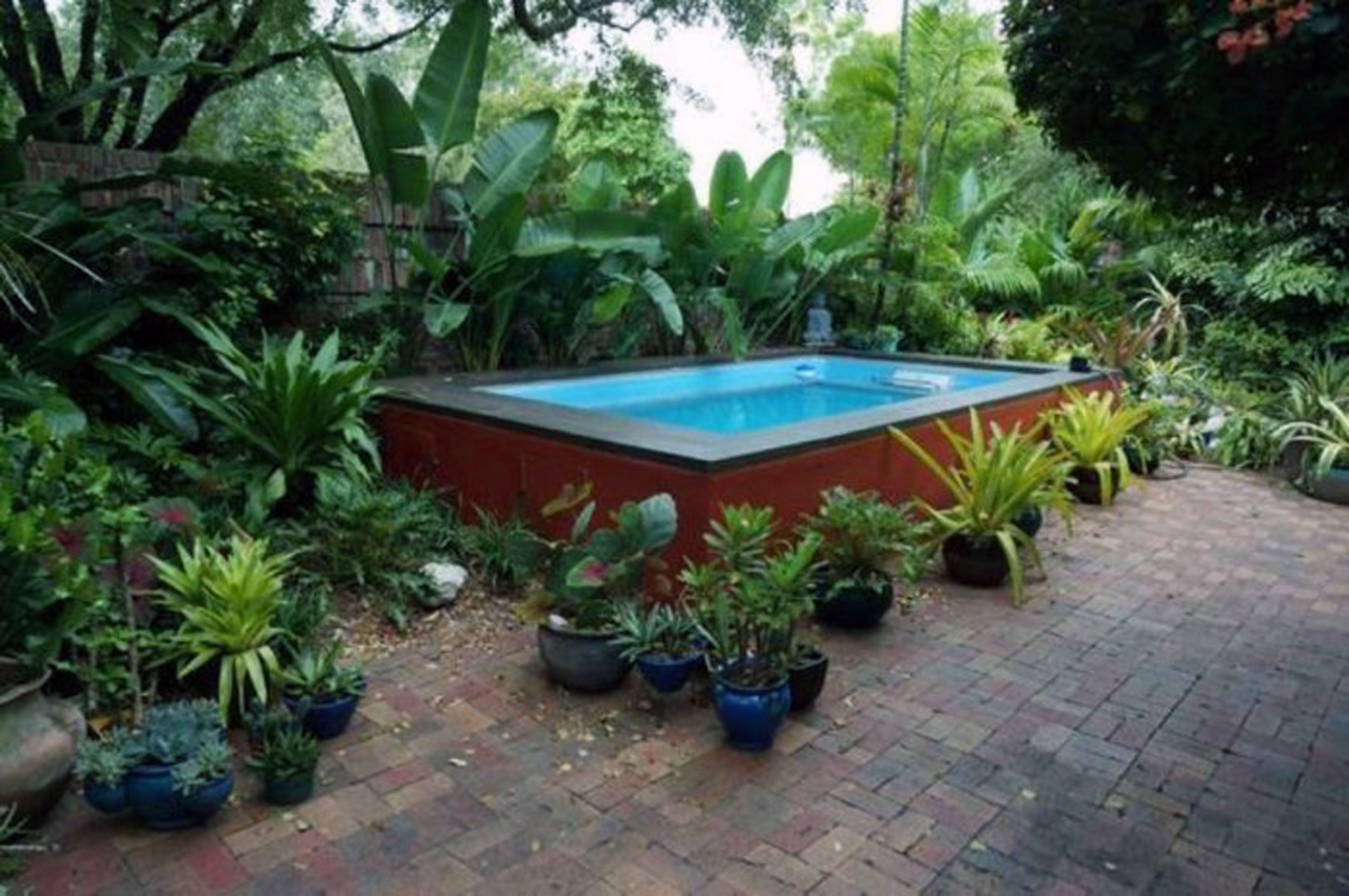 Triyae Small Backyard Landscaping Ideas With Above Ground
