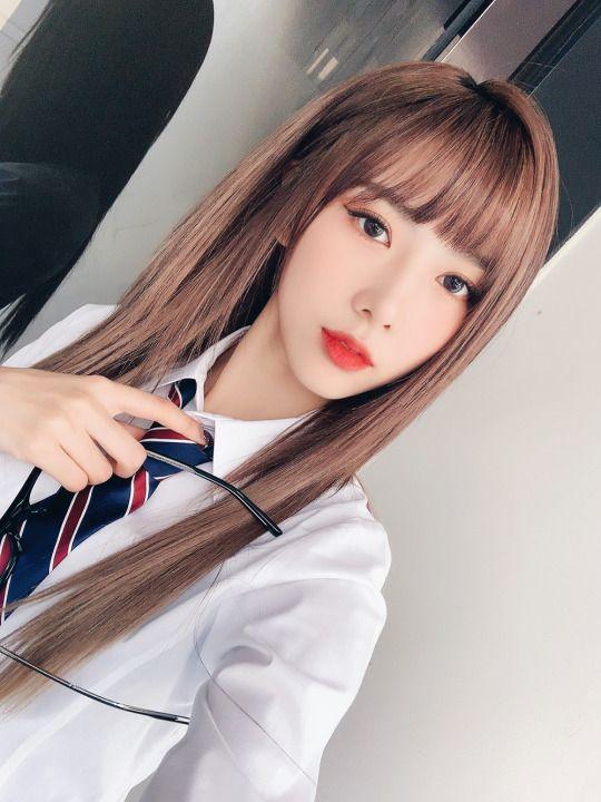 Yoohyeon Dream Catcher Hair Inspiration Color Kpop Girls