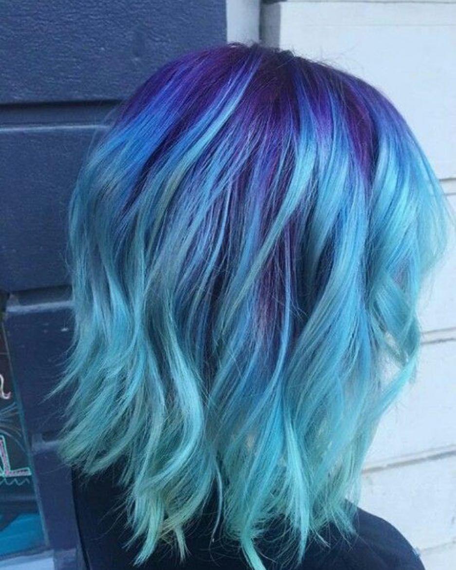 Des cheveux bleus on adore et vous cheveux cheveuxbleu