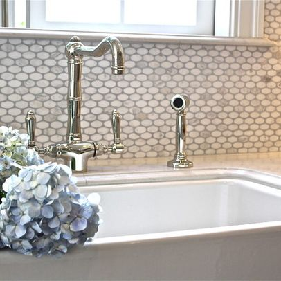 Love This Tile Daltile Oval Contempo Marble With Rohl Faucet By William Adams Daltile Marble Backsplash Kitchen Kitchen Backsplash Designs