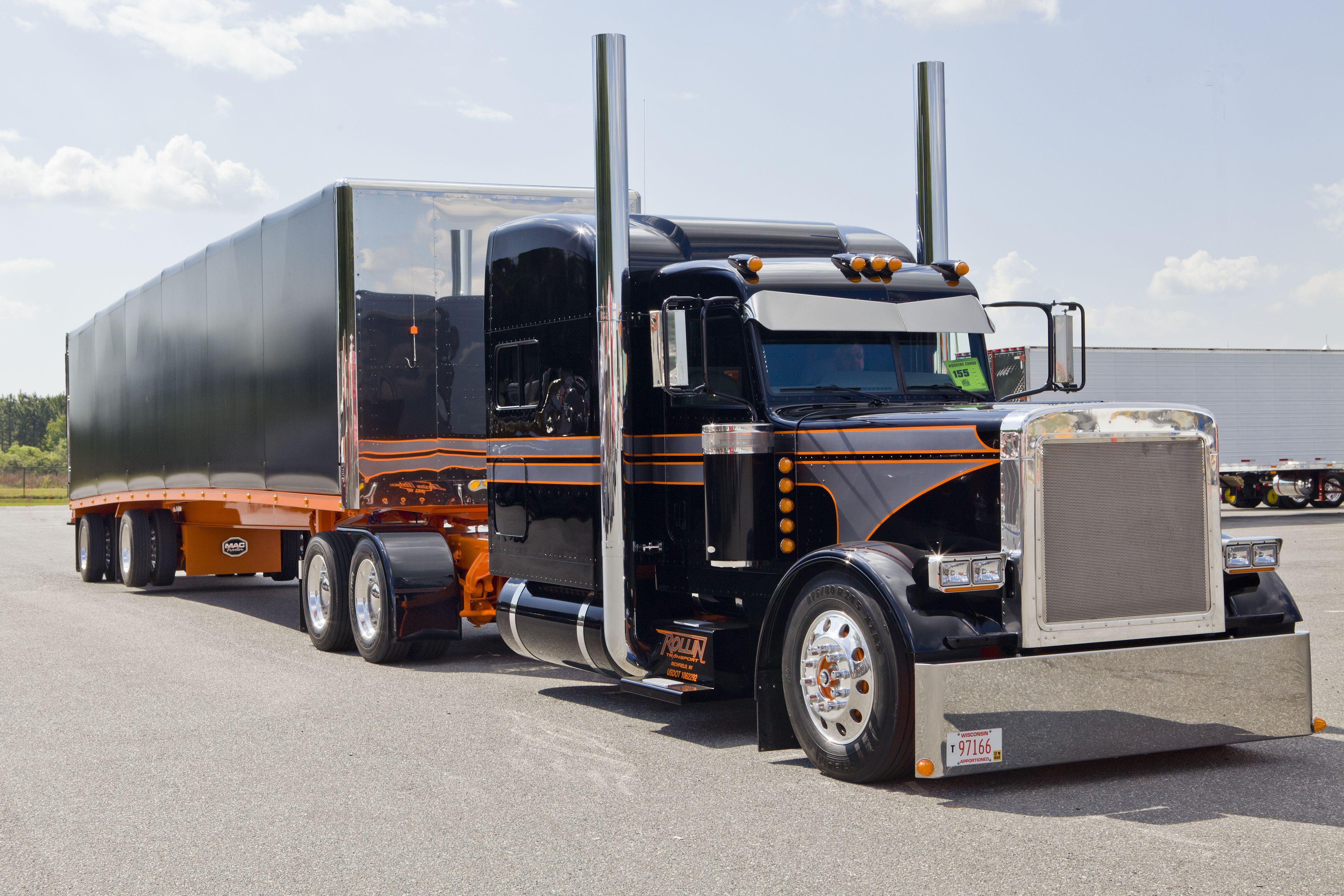 Peterbilt 389 Custom Mzolqyf9 Fewmo Com Cool Car Wallpaper Trucks Big Trucks Semi Trucks