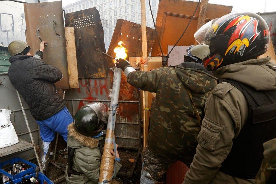Photos: Kiev protests turn deadly | Al Jazeera America