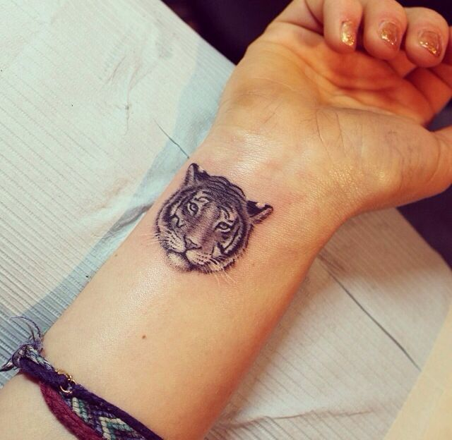 40 cute small tattoo ideas for girls tiger tattoo tattoo and tigers. Black Bedroom Furniture Sets. Home Design Ideas