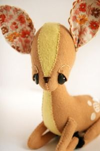 Gorgeous stuffed fawn from Katie Shelton of Skunkboy Creatures.  So so pretty.