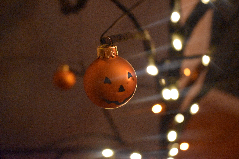 Halloween Glass Ball Pumpkin Spooky Tree Ornament Mini