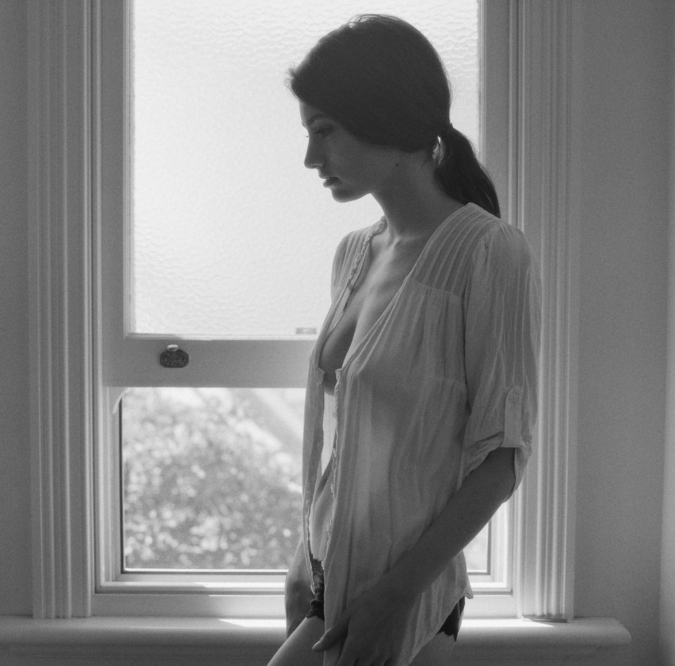 Lauren Nicholas Nude Photos 50