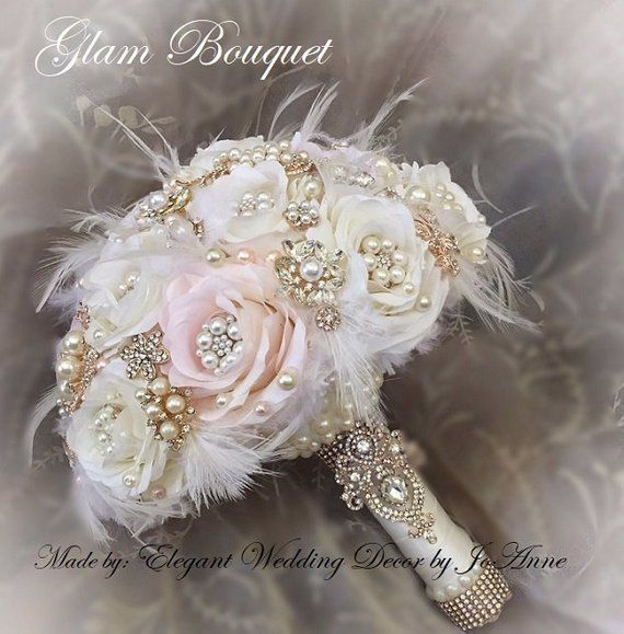 FEATHER BROOCH BOUQUET, Custom Bridal Brooch Bouquet, Silk Bouquet with Feathers, Pink and Ivory Silk Flower Bouquet, Deposit