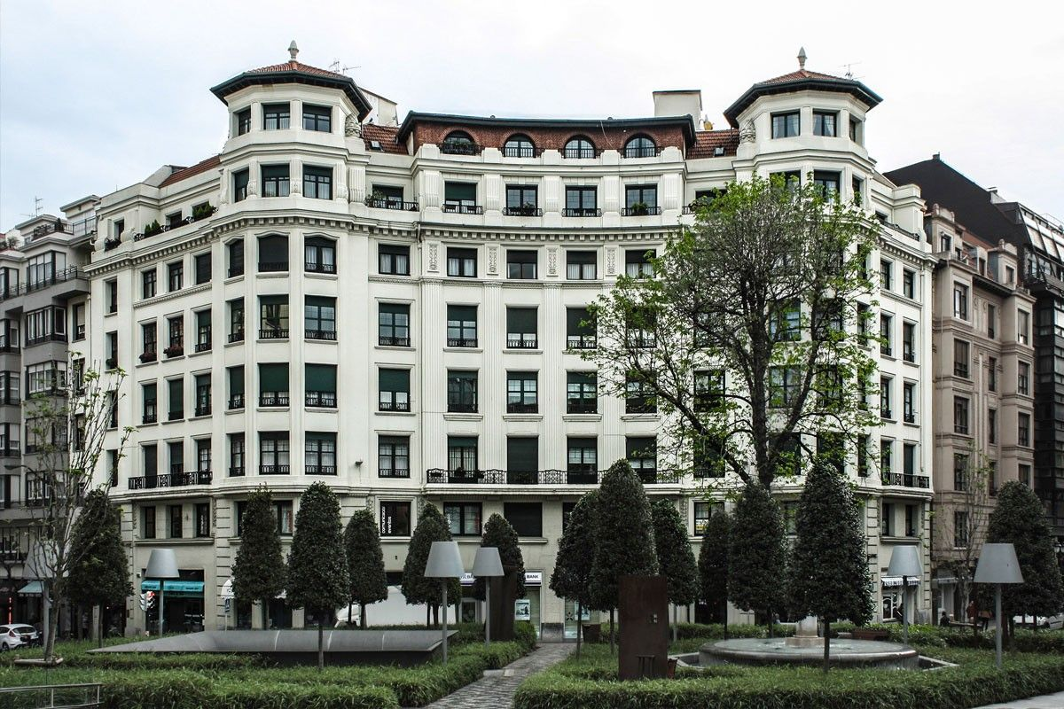 Edificio de viviendas arquitectura bilbao bilbao - Arquitectura pais vasco ...