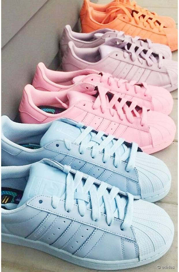 72d4e4fab4a Pastel Adidas Superstar Sneakers Más Clothing