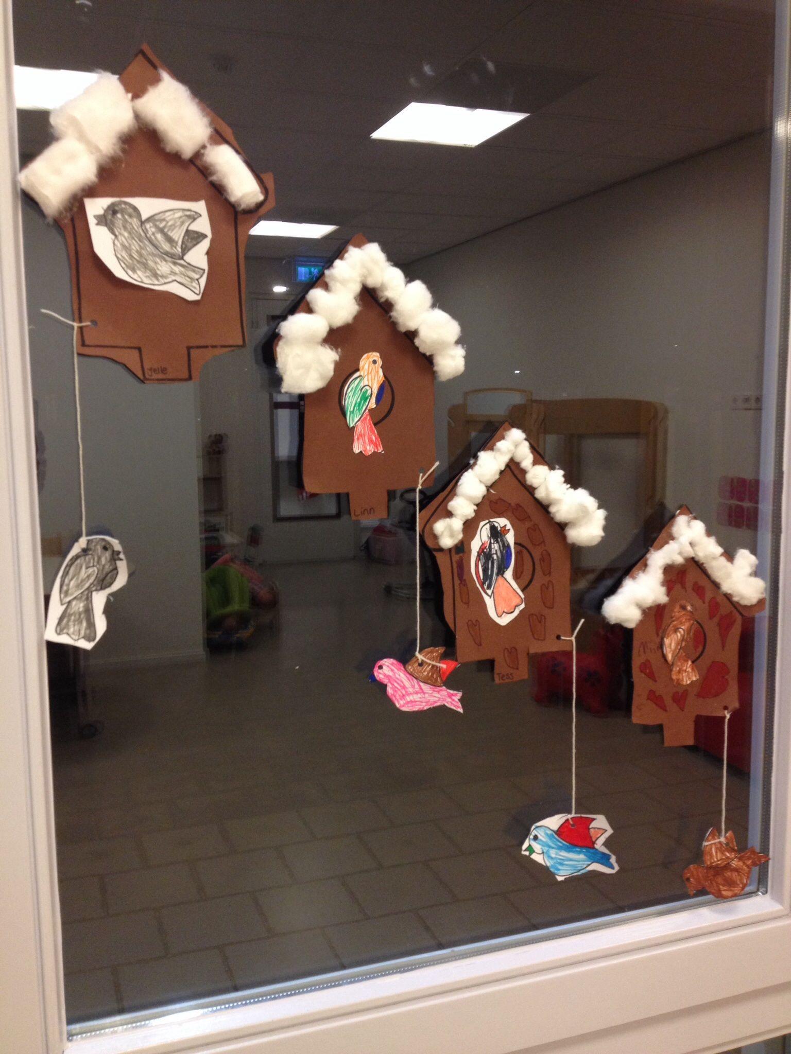 Vogelhuisje knutselen thema winter fenstertransparente for Winter basteln im kindergarten