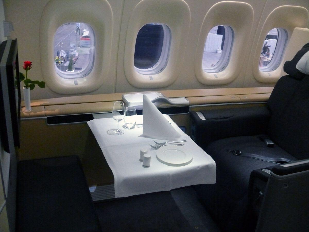 Lufthansa Boeing 747 8 Intercontinental First Class Fliegen