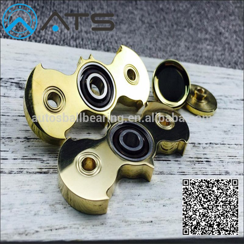 Relieve Stress Original Brass Metal Hand Bat Fid Spinner Toy