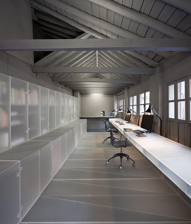 Especial los mejores interiores minimalistas de 2012 for Interiores minimalistas