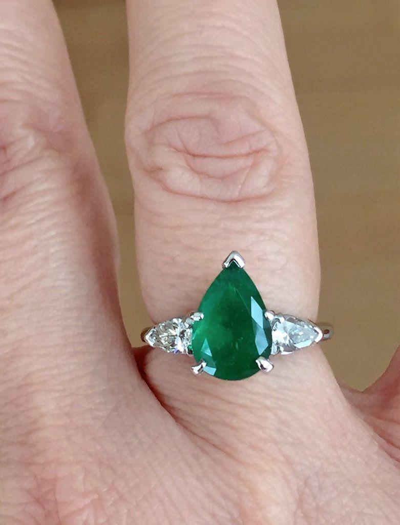 Antique platinum emerald u diamond engagement ring stone pear