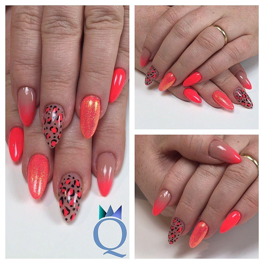Und meine neuen Nägel 😍 / and my new nails 😍 #lovemyjob #nails #gelnails #almondnails #ombre #neon #leopard #mermaidpigment #ichliebemeinenjob #nägel #gelnägel #mandelform #verlauf #neon #leopard #meerjungfrauenpigment #nailqueen_janine #nagelstudio #möhlin
