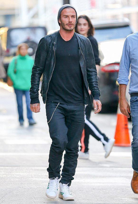 デビッド・ベッカムのNYストリートファッション△ベッカム愛用のアディダスのスニーカー「スタン・スミス(Stan Smith)」△25日、家族みんなでボ