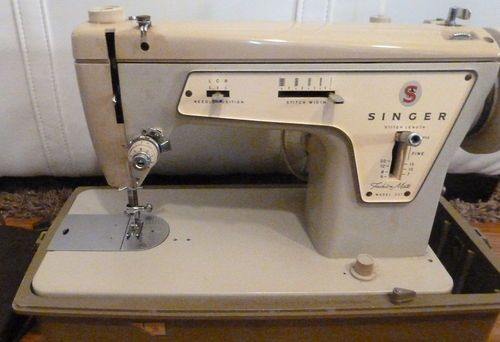 Singer Sewing Machine Model 237 Interesting white sewing