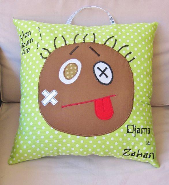 coussin de col re ko pour enfant petit tout pinterest pillows and craft. Black Bedroom Furniture Sets. Home Design Ideas