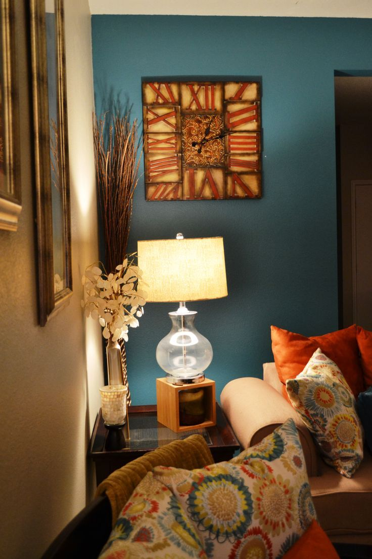 Teal Accent Wall   side table and teal accent wall ...