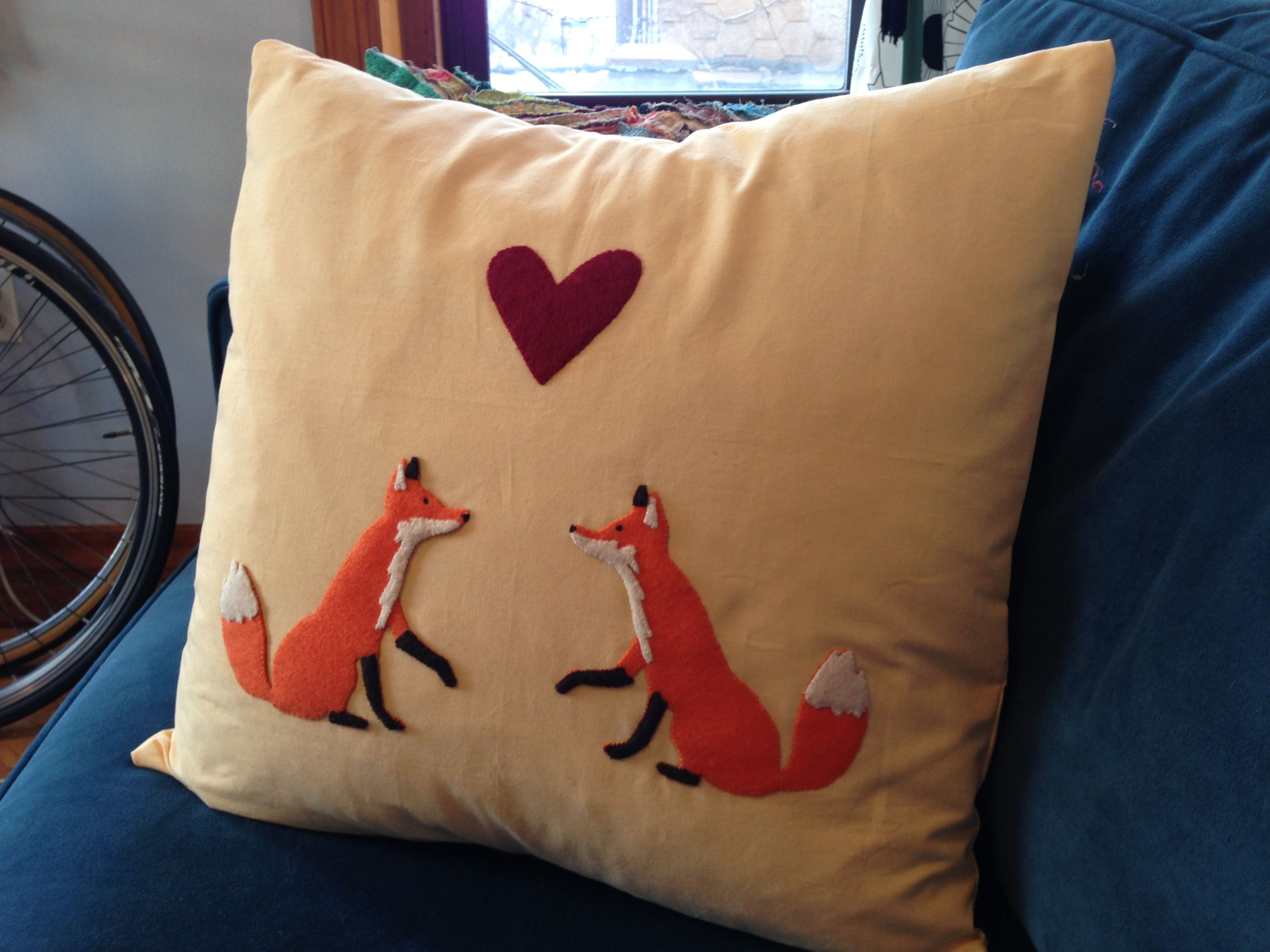 Fox love pillow! I hand stitched felt pieces to make the fox pattern then used the sewing machine to assemble the pillow. More pics: http://shananasplit.tumblr.com/post/39324564936/sewing-machine-project-2-fox-love-pillowcase