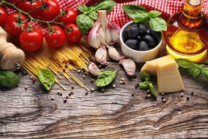 Mit verschiedenen Obst und Gemüsesorten kann man gut für die schlanke linie kochen.