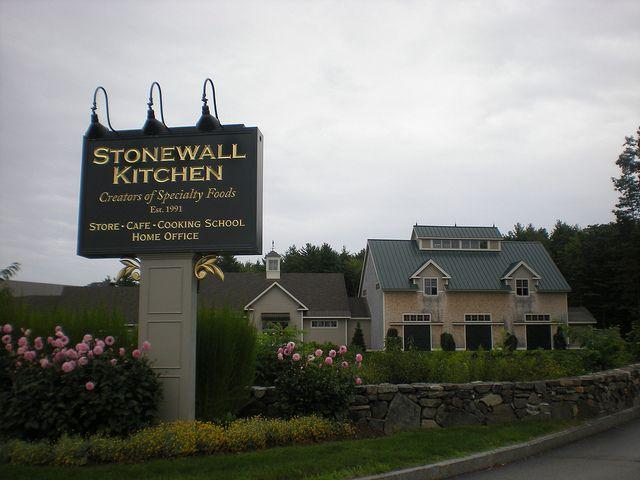 stonewall kitchens store and caf 2 stonewall lane york me 03909 rh pinterest com stonewall kitchen york maine cooking school stonewall kitchen york maine hours
