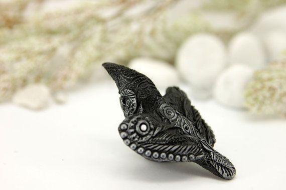 Download Raven Crow Animal Totem Halloween Figurine Bird Fantasy Skulpture Guardian Spirit Amulet ...