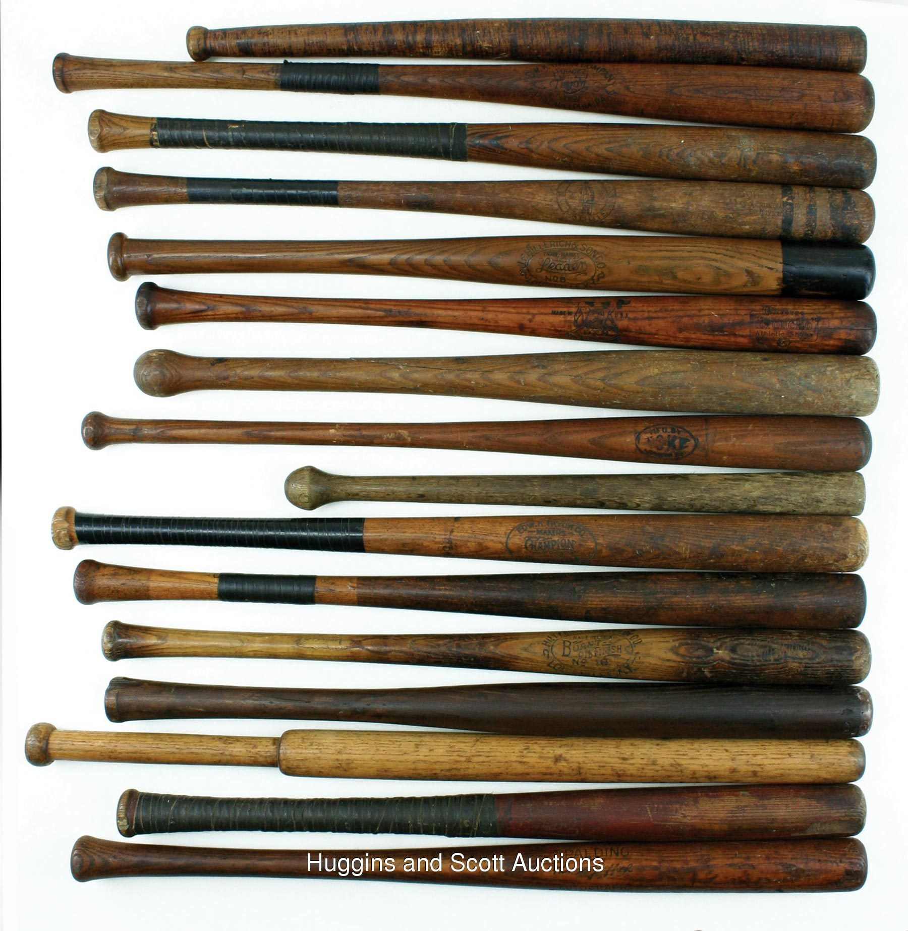 16 Vintage Retail Baseball Bats From Various Manufacturers Things Organized Neatly Baseball Bat Baseball