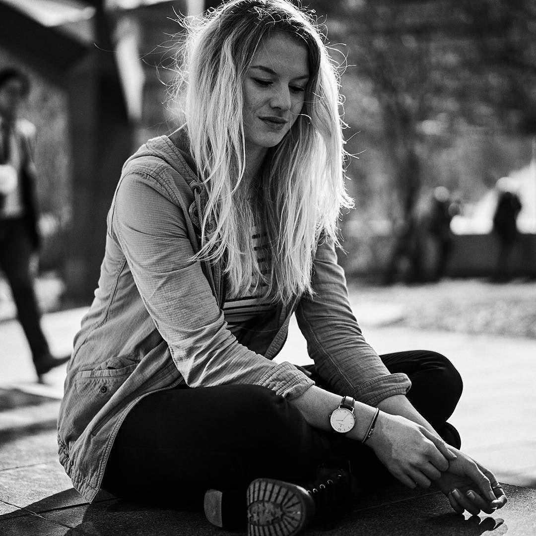No Flash No reflector just #availablelight #portrait #retouching #retouch #bokeh #availablelight #photography #photographer #photooftheday #picoftheday #igers #igersvienna #vienna #shooting #model #naturallight #photosinbetween #bandofun #abmlifeiscolorful #myunicornlife #candyminimal #handsinframe #theeverygirl #peoplescreative #visualcrush #proptoi #calvinize #derhammer #blackwhite #bw